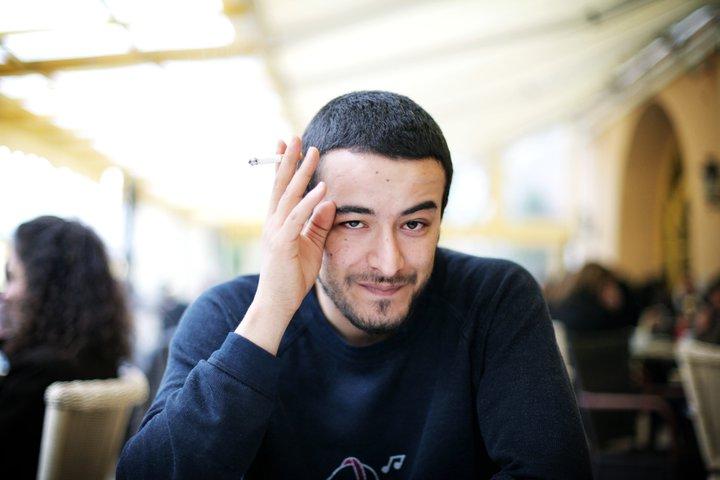 Arresto del blogger Azyz Amami. Continua la resa dei conti poliziesca contro i giovani rivoluzionari